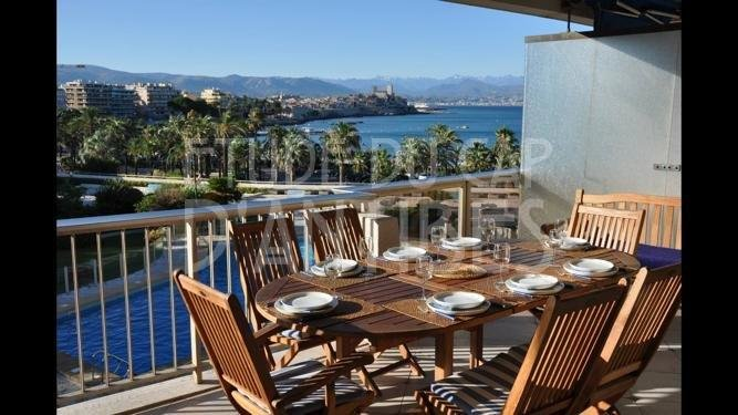 3 bedroom apartment to rent at the edge of Cap d' Antibes - Gorgeous sea view