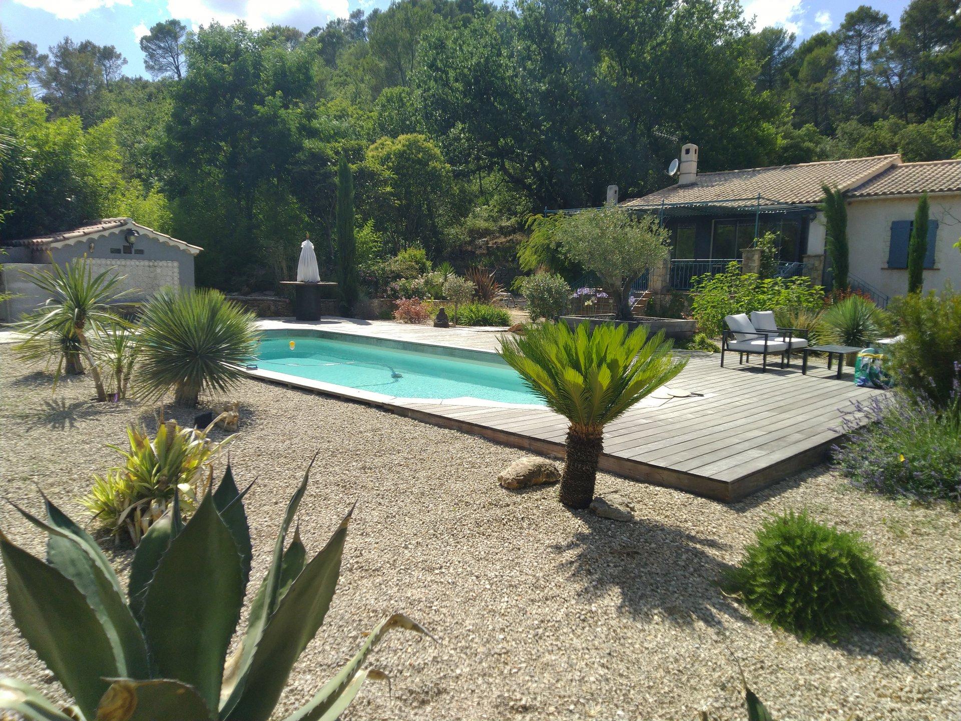Exclusif ! Adorable villa T5 sur terrain de 2870 m²