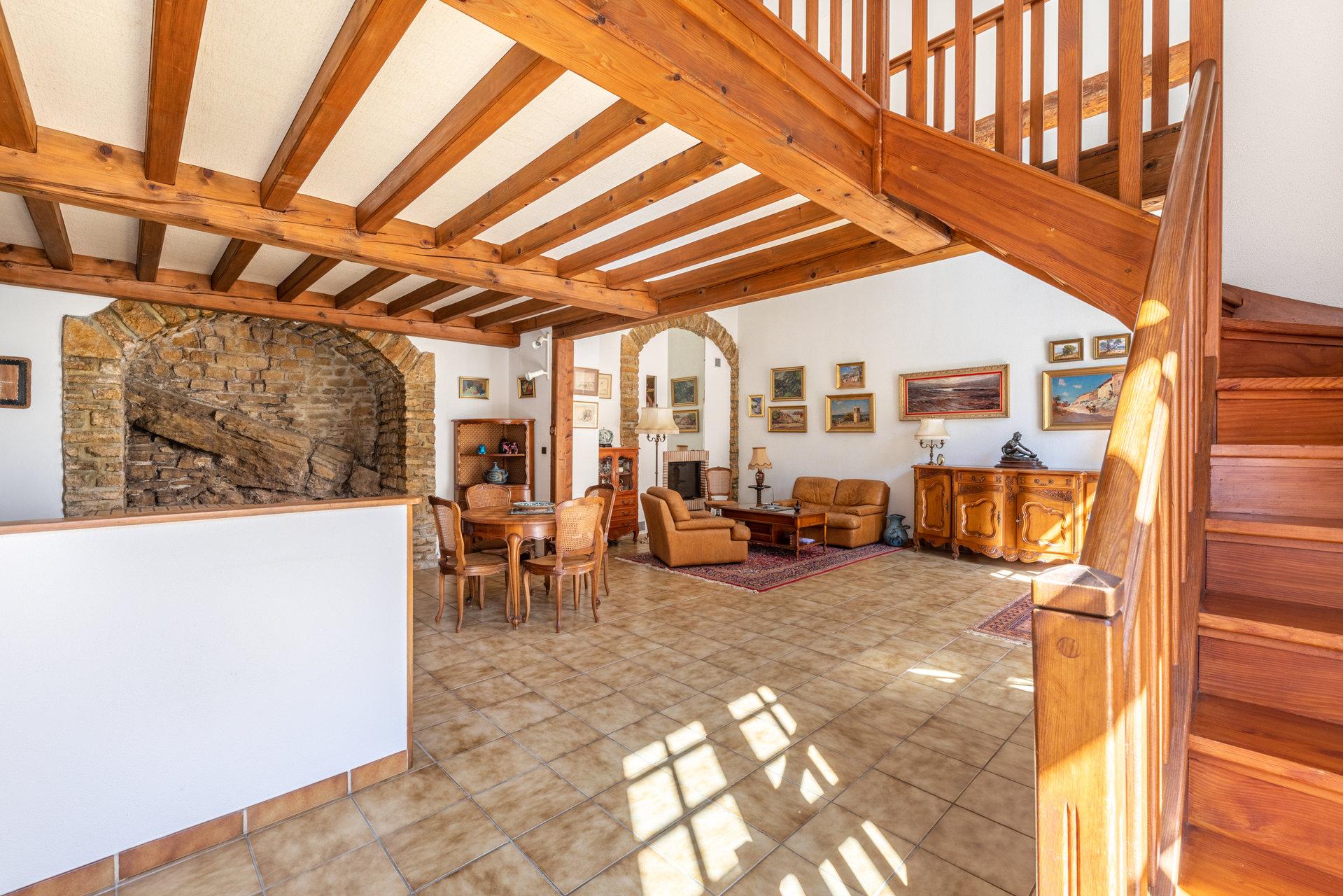 Appartement de 138 m² dans un château à Lissieu