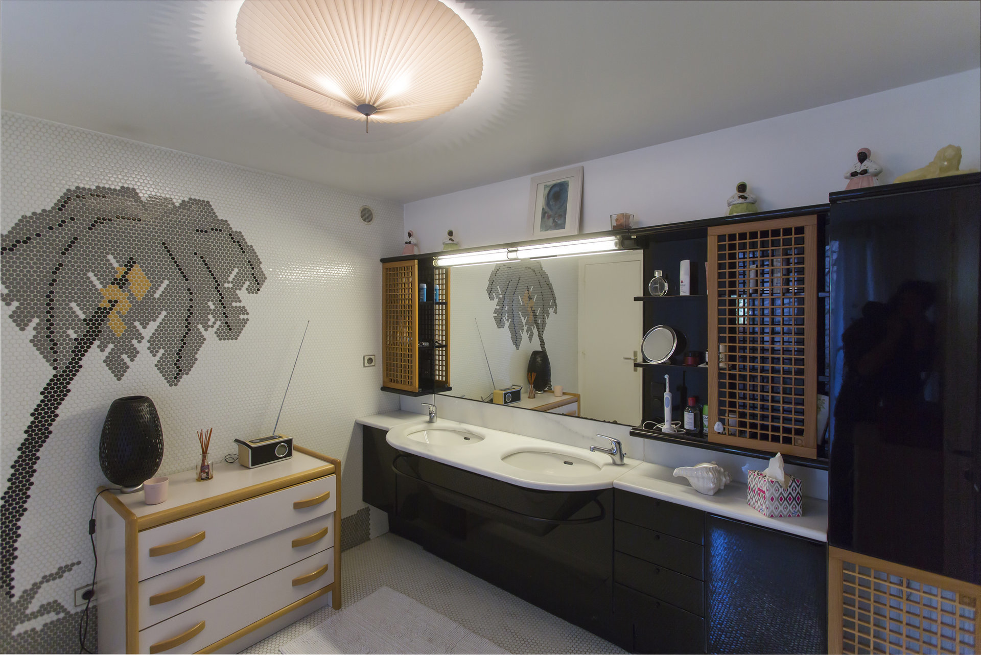 VALBONNE - Villa atypique à vendre by AGENGY GROUP