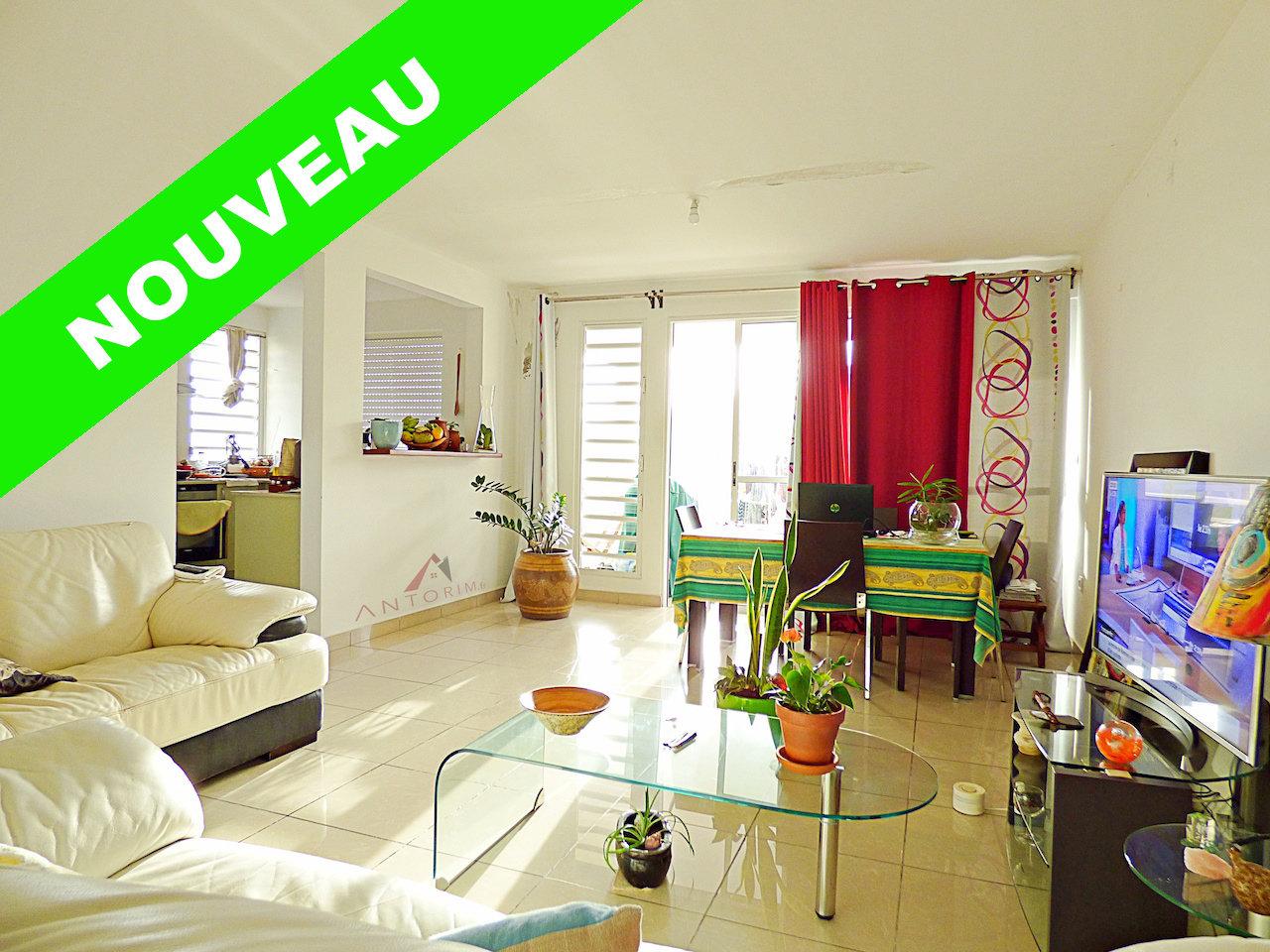 EXCLUSIVITE - SCHOELCHER - Ravine Touza - Beau T3 - Spacieux - Terrasse - 2 parkings