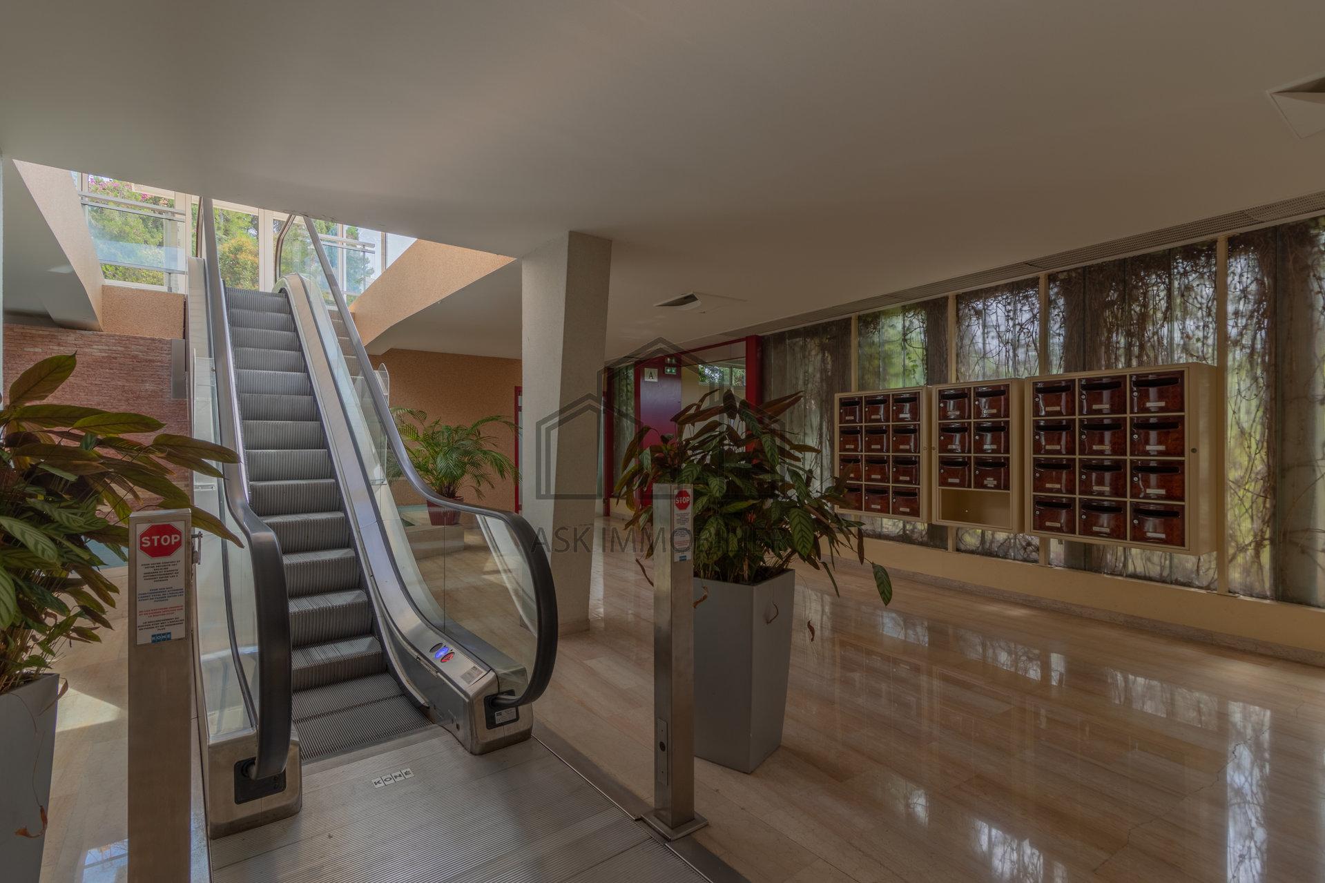 Nice Mont Boron - Appartement 112 m2 - Rez-de-jardin 50 m2