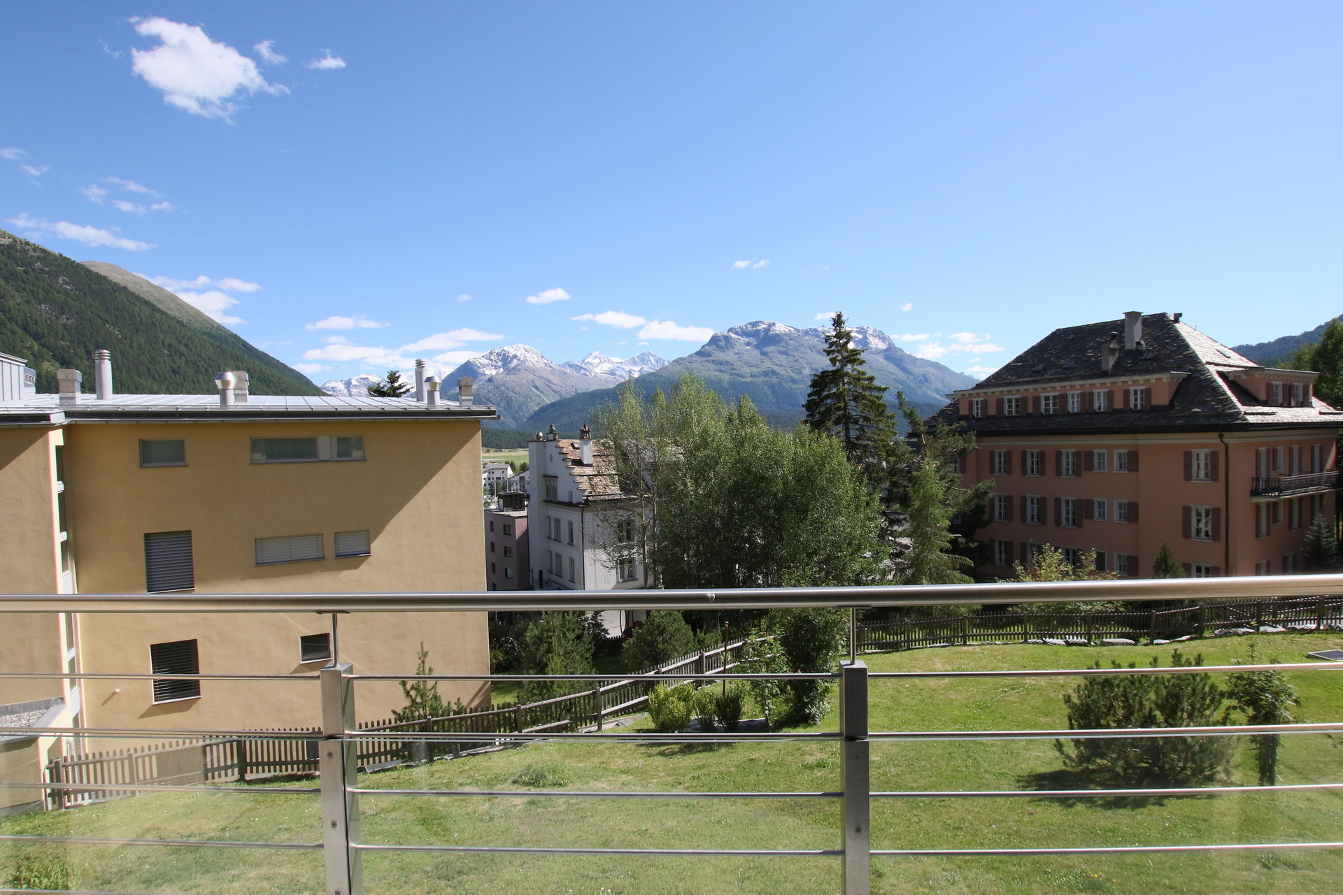 Bright apartment for sale in Samedan, Engadine, Swiss
