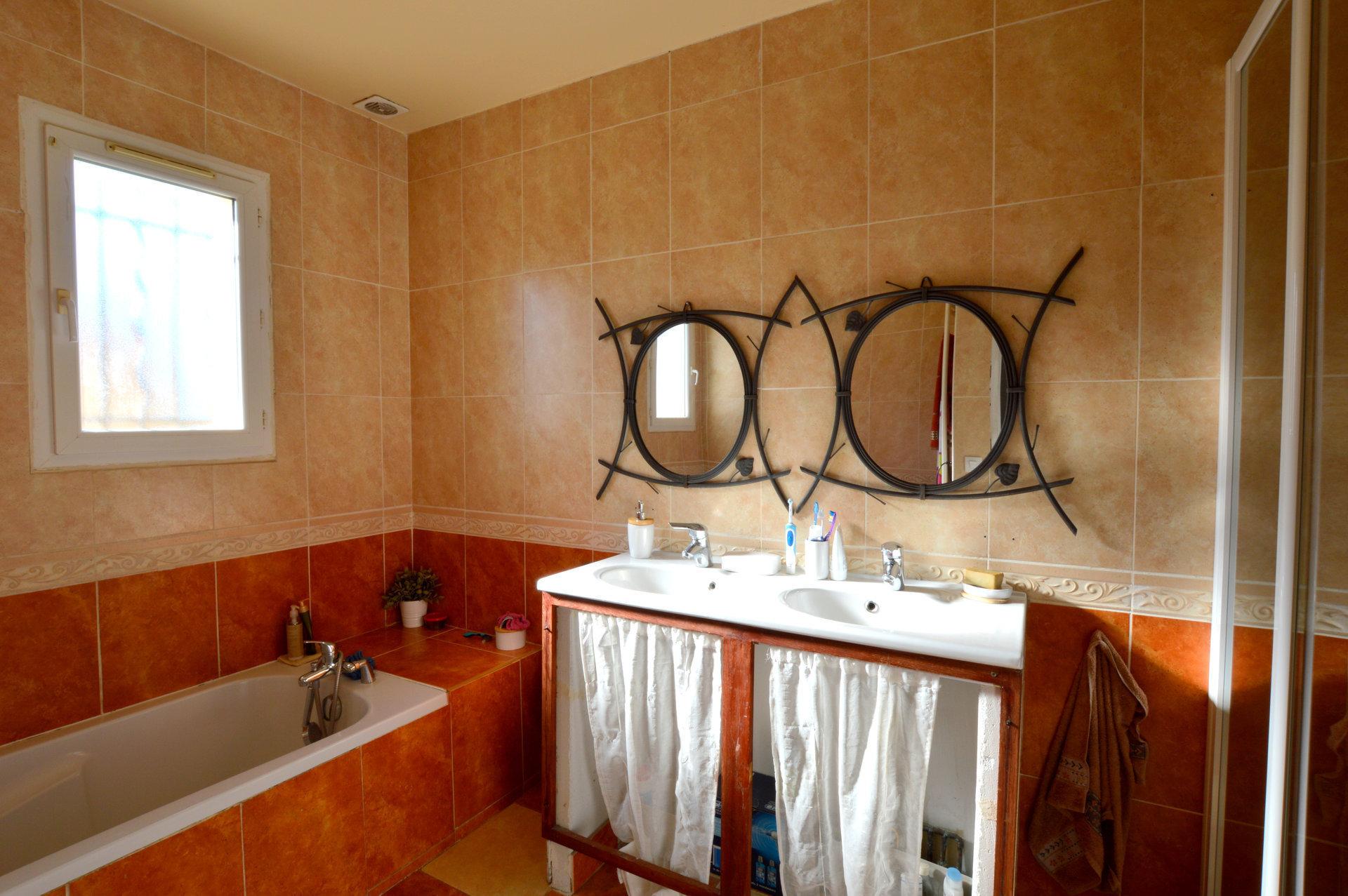 Maison 5 Pièces  110 M² 34770 Gigean