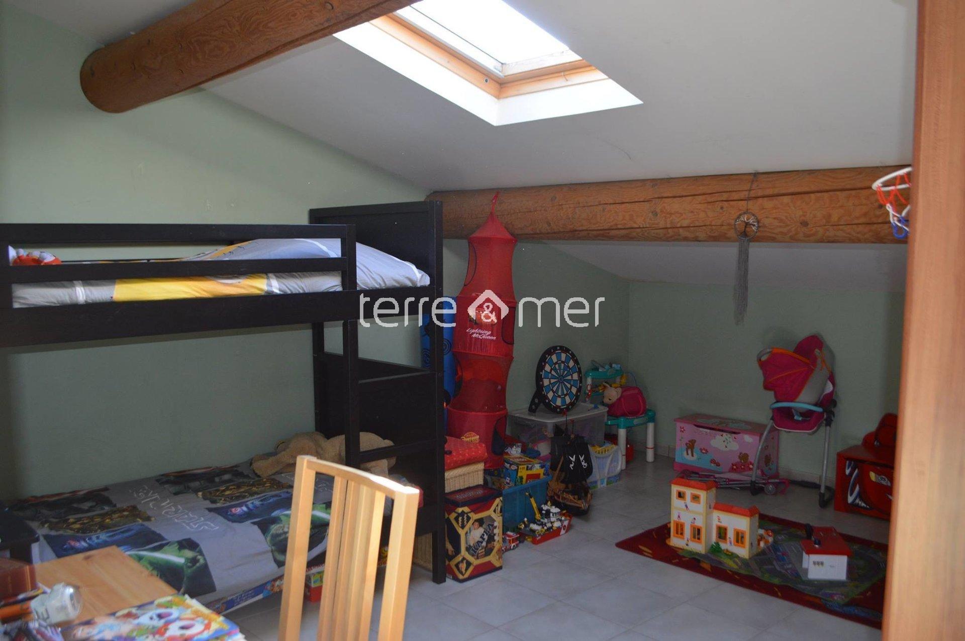 Sale Apartment - Saint-Laurent-d'Aigouze