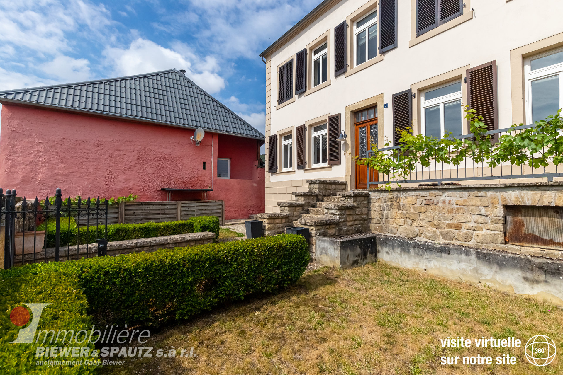 UNDER SALES AGREEMENT - house with 3 bedrooms in Hemstal