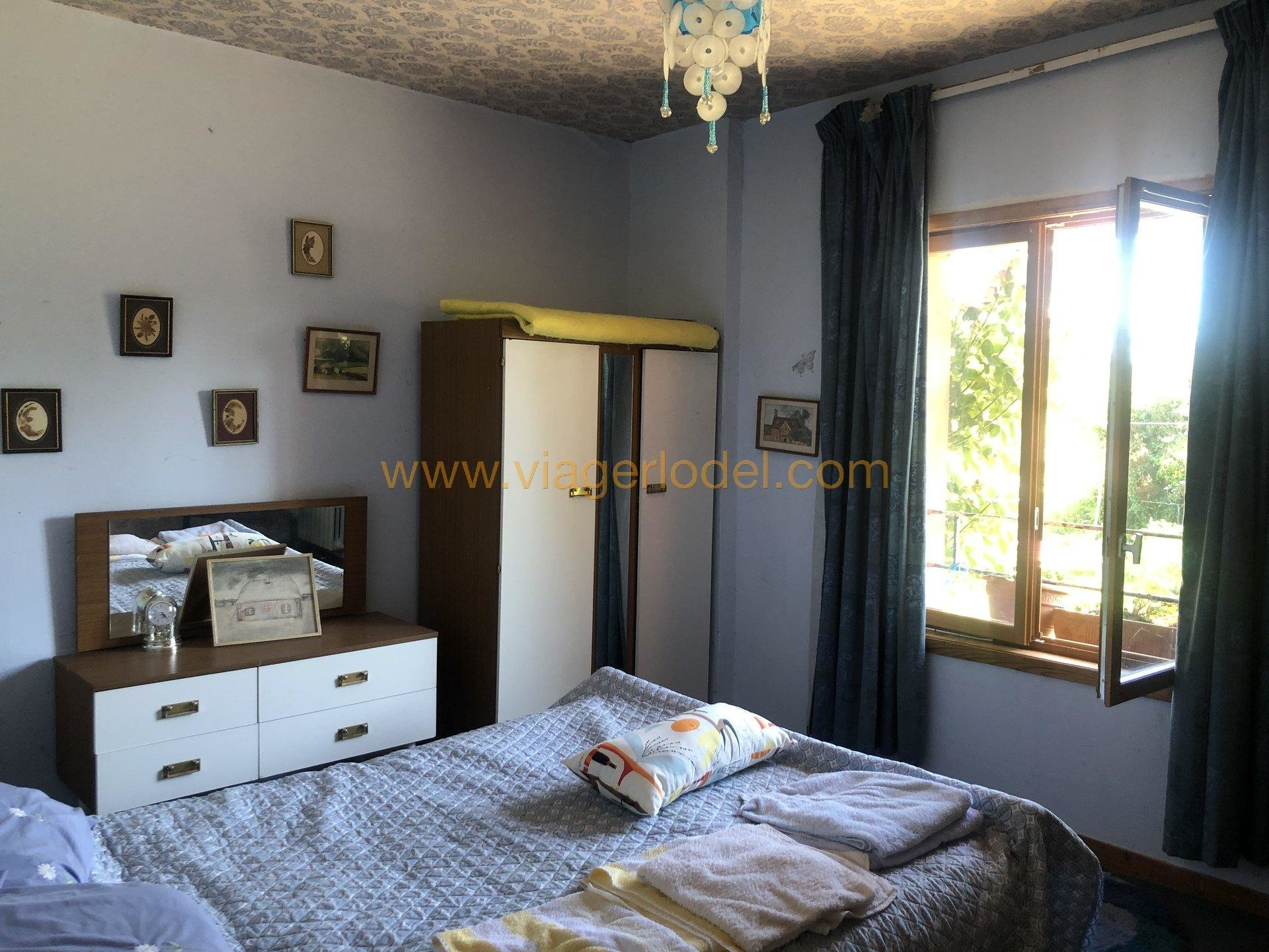 VIAGER OCCUPE - MONTREUIL SUR LOZON (50)