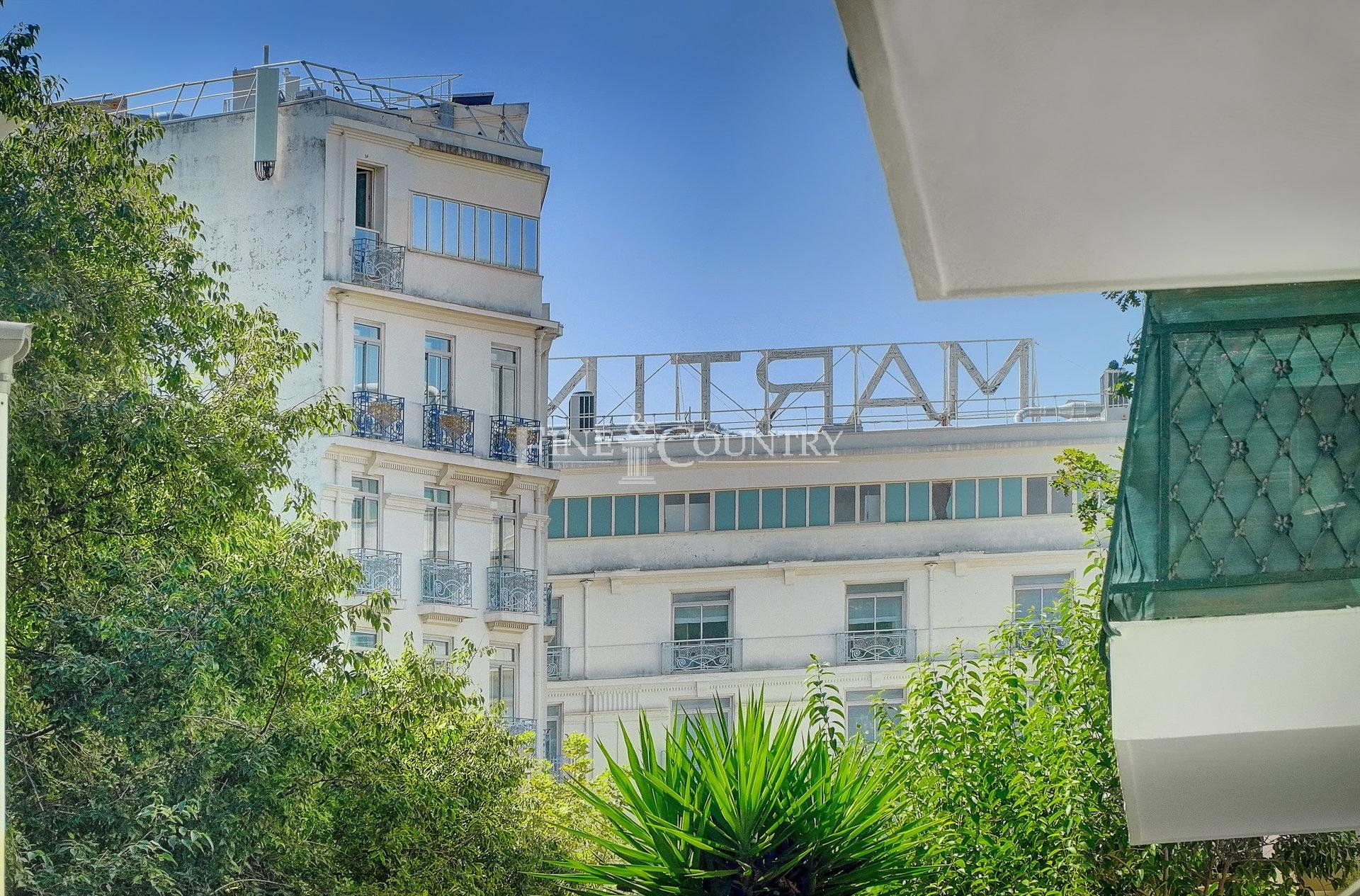 Apartment For Sale in Cannes, bordering the Banane