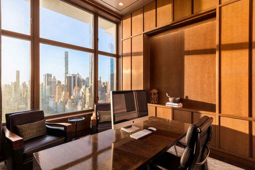 Luxury 9 room apartment for sale in New York, NY