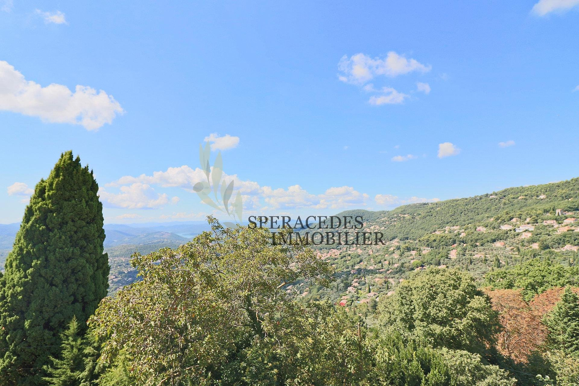 Cabris – Village house - View over the lake and surrounding hills