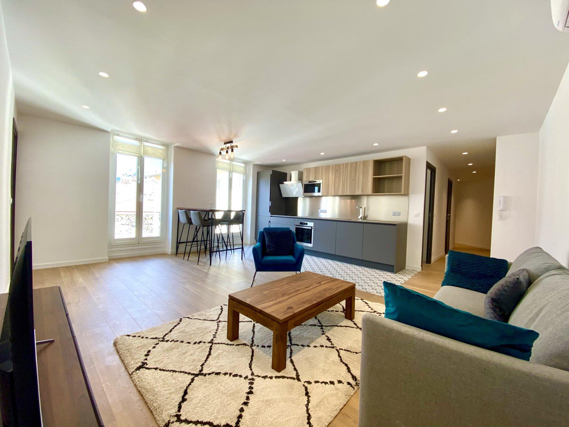 NICE CARABACEL : Quiet 2 Bedrooms apartement on the top floor