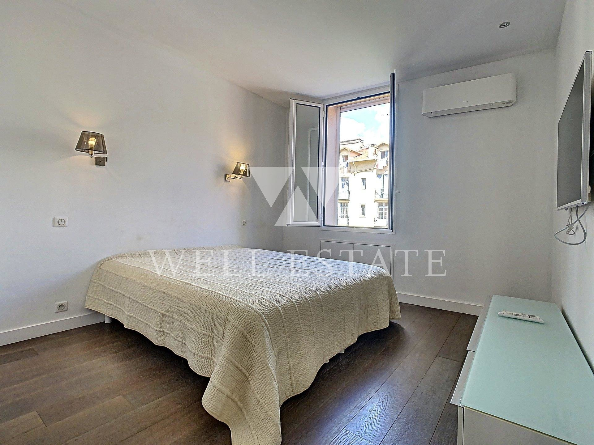 CANNES RUE D'ANTIBES 2 BEDROOM APARTMENT 76M2 WITH BALCONY