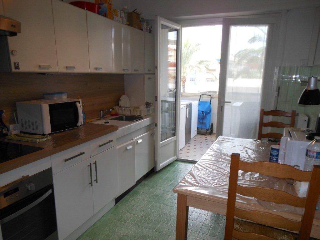 Appartement 3 pièces, proche toutes commodités, parking sous-sol
