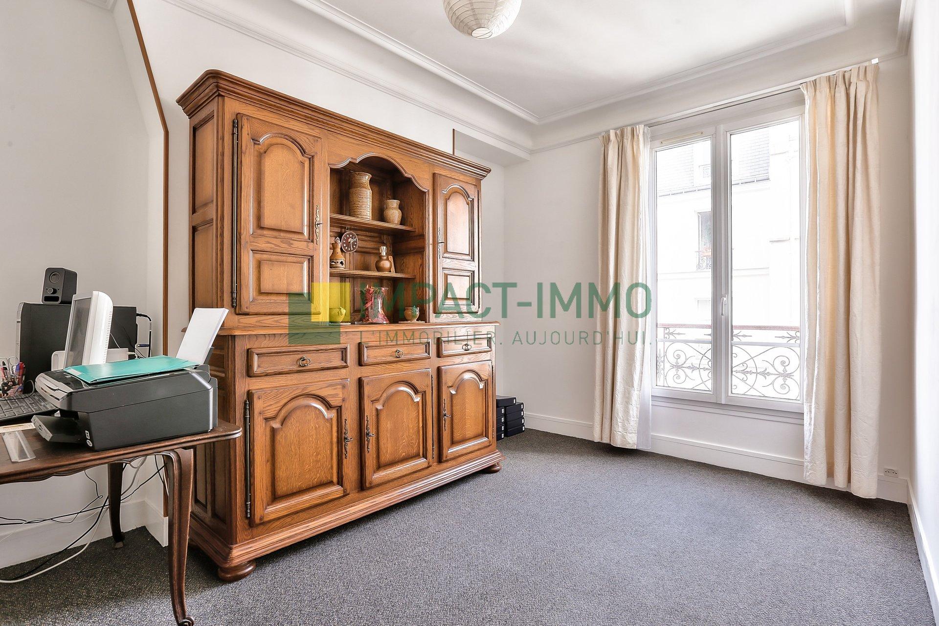 A VENDRE - PARIS - 75017 - BATIGNOLLES - 3 PIECES