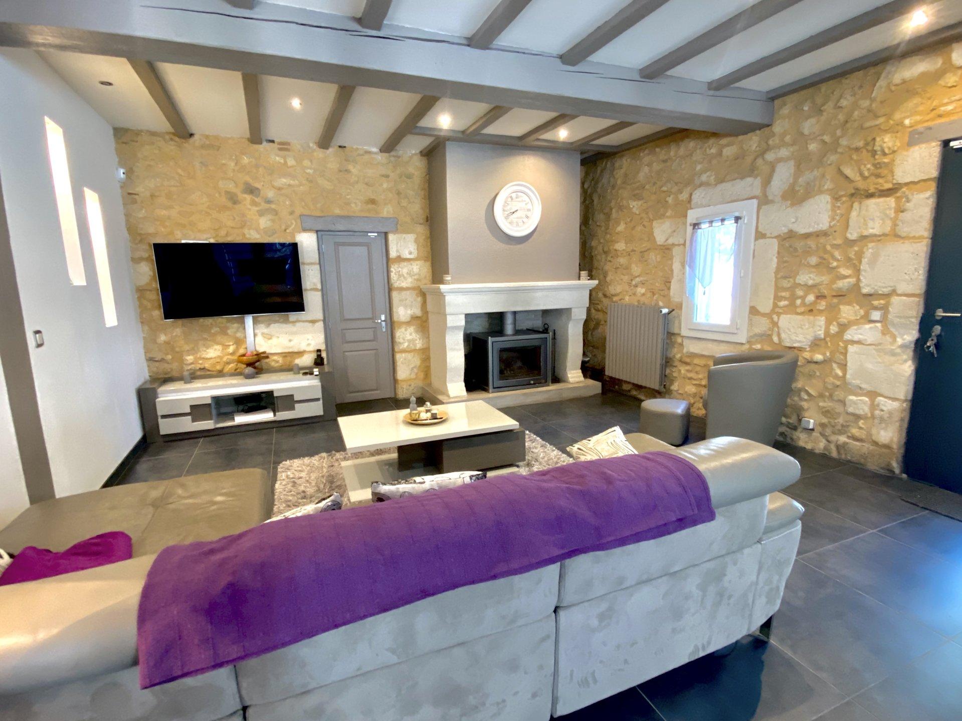 Maison en pierre avec gîte