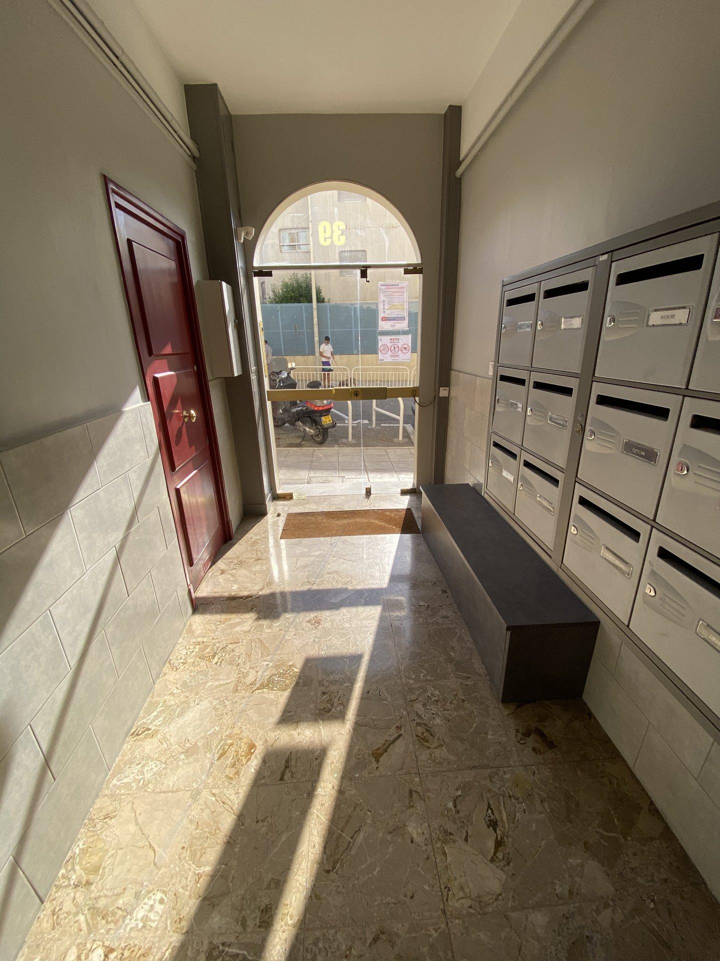 Libération Gare du SUD 2/3P Dernier étage