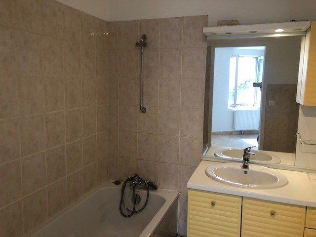 SORBIERS - Appartement T2 refait à neuf RDC