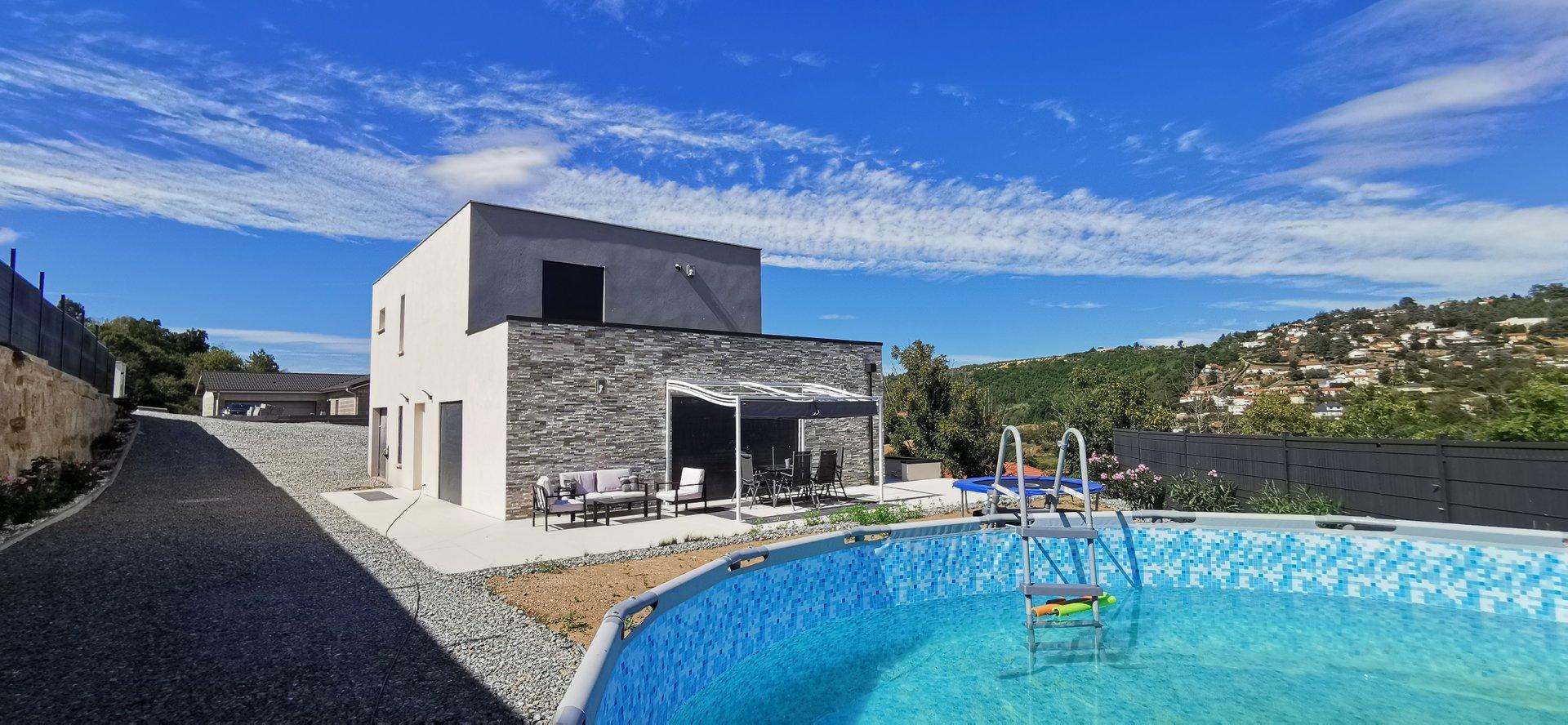 Vente Villa - Saint-Genest-Lerpt