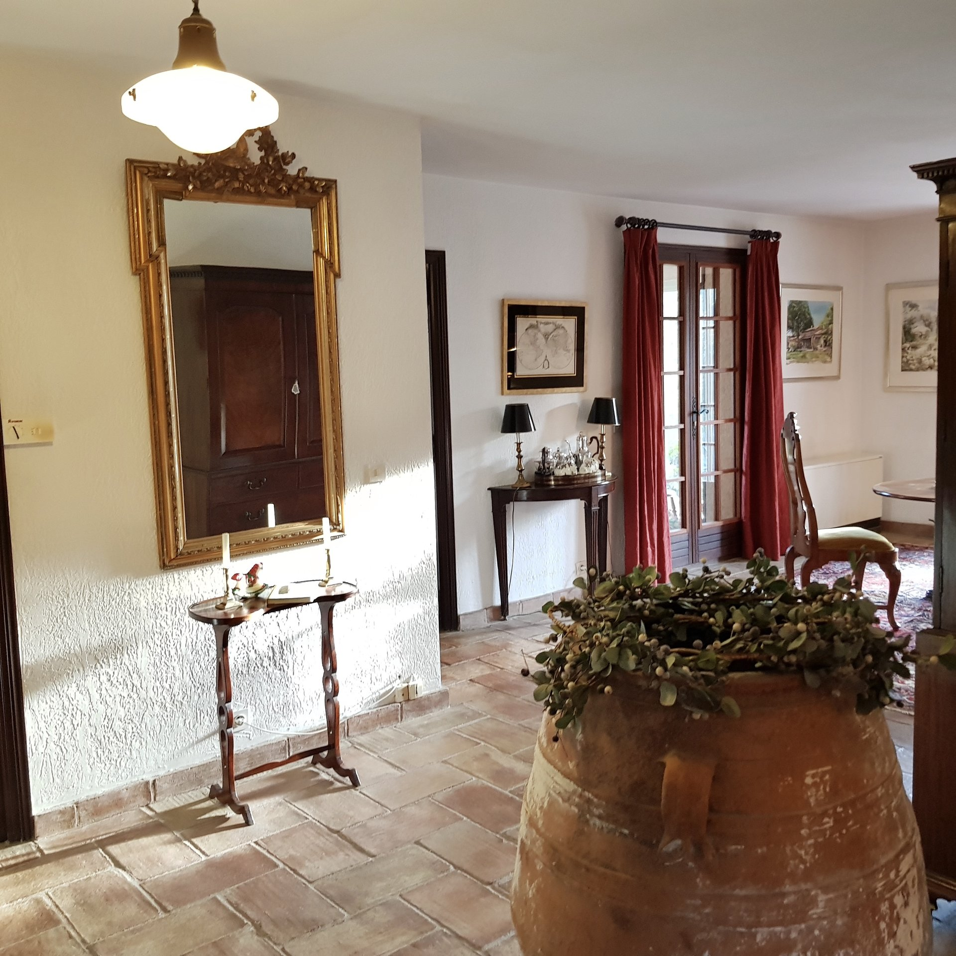 Vidauban, classic Property on 23000m2 private land.