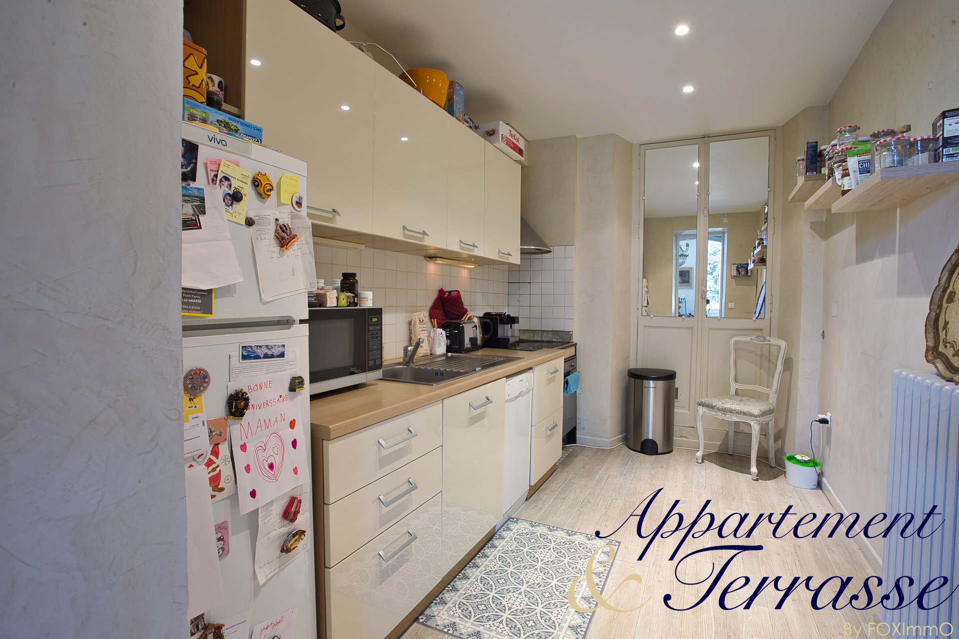 VENDU ! Appartement bourgeois 140 m² avec jardin privatif et place de parking