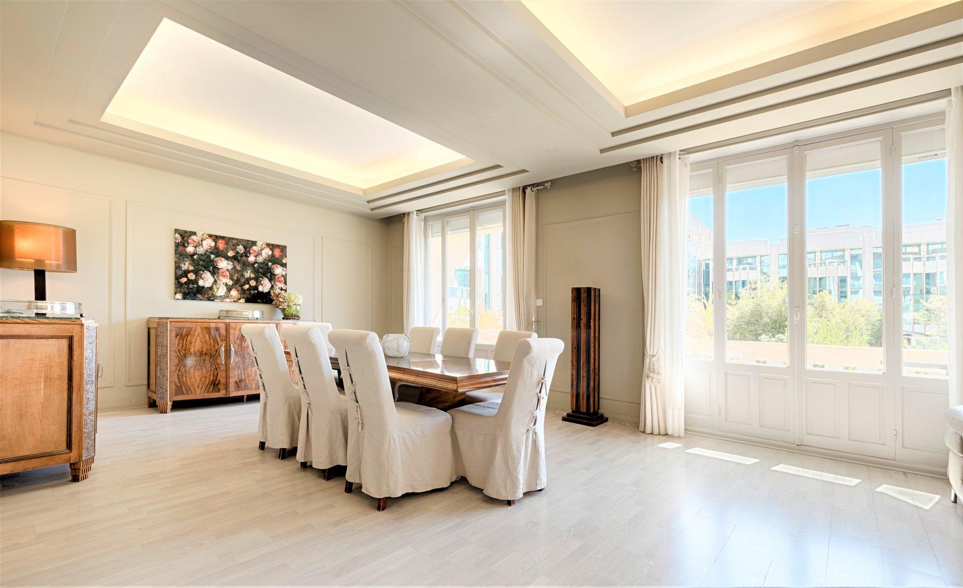 A VENDRE APPARTEMENT PRESTIGE CANNES 170M2 CROISETTE MARIOTT GRAND HOTEL