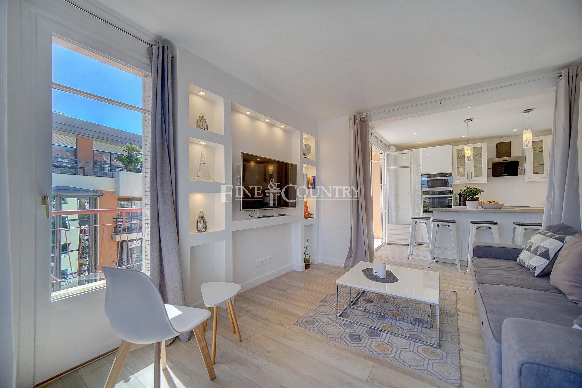 Apartment for sale Cannes Banane.