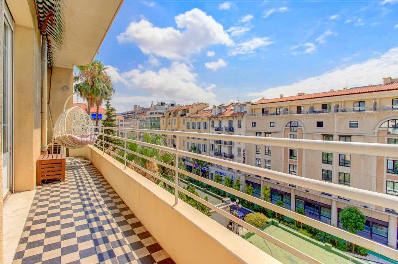 SALE Apartment 3 Rooms 106² Nice Centre Pastorelli Terrace