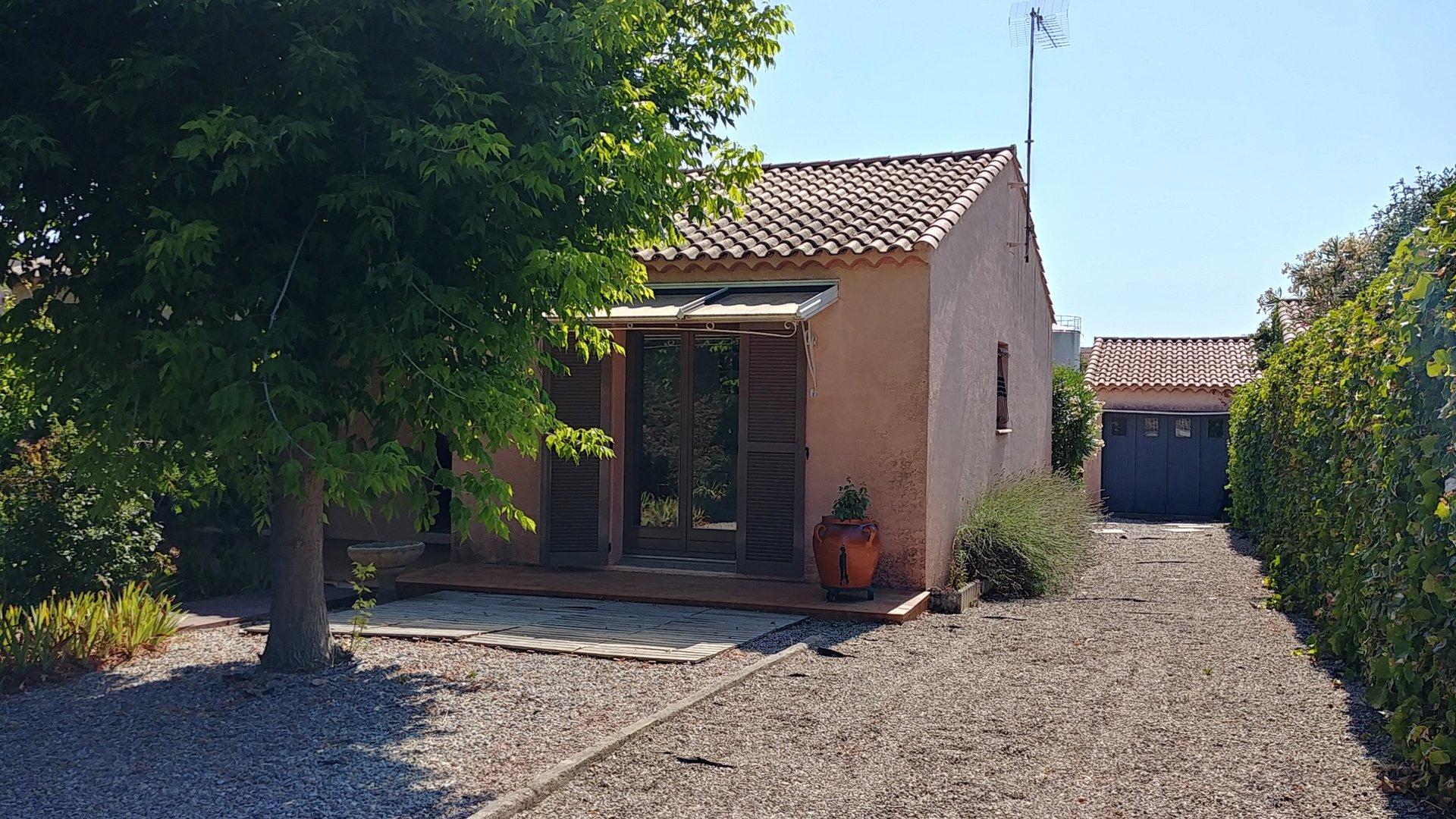 Försäljning Villa - Saint-Geniès-de-Fontedit