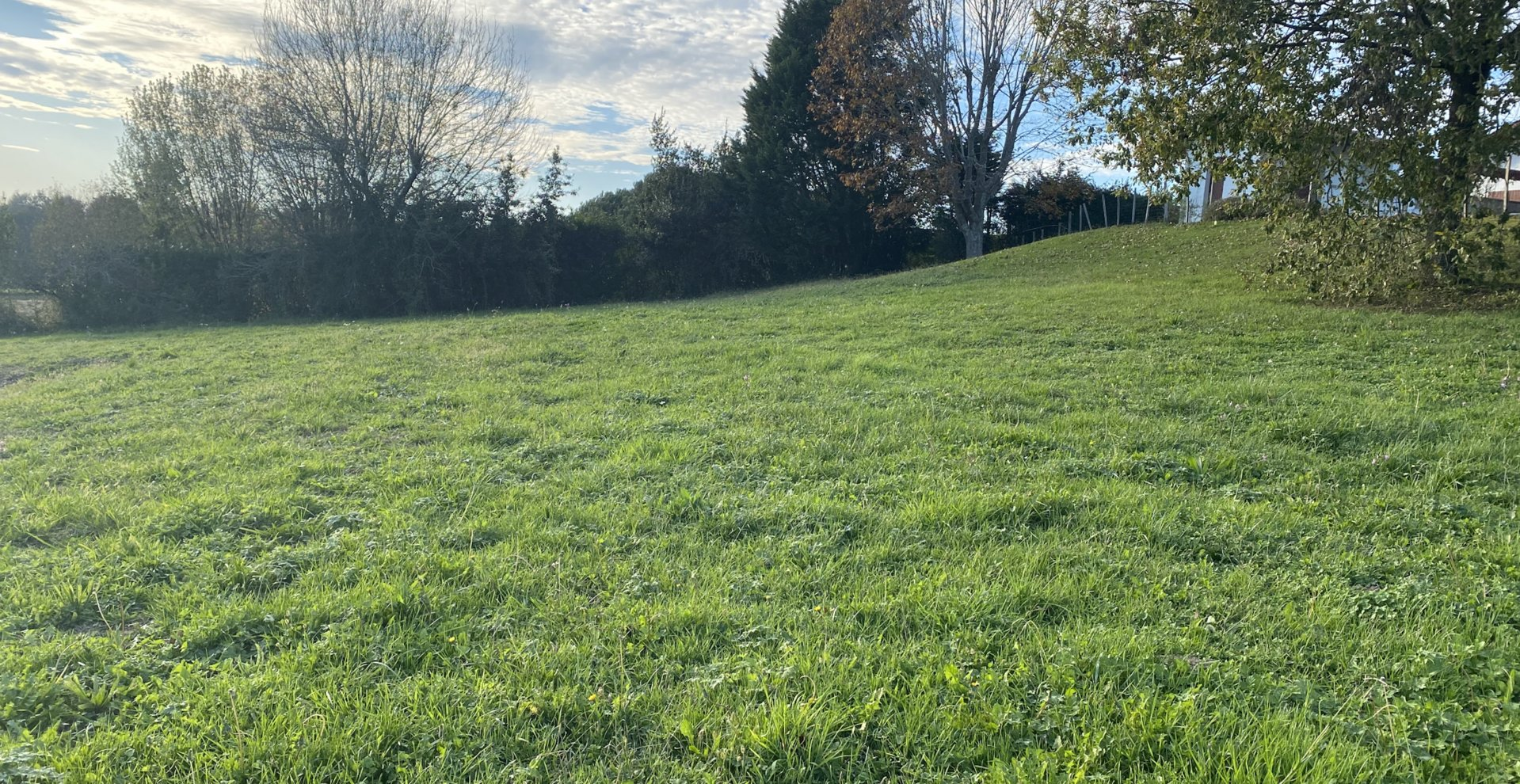 Sale Building land - Arbonne