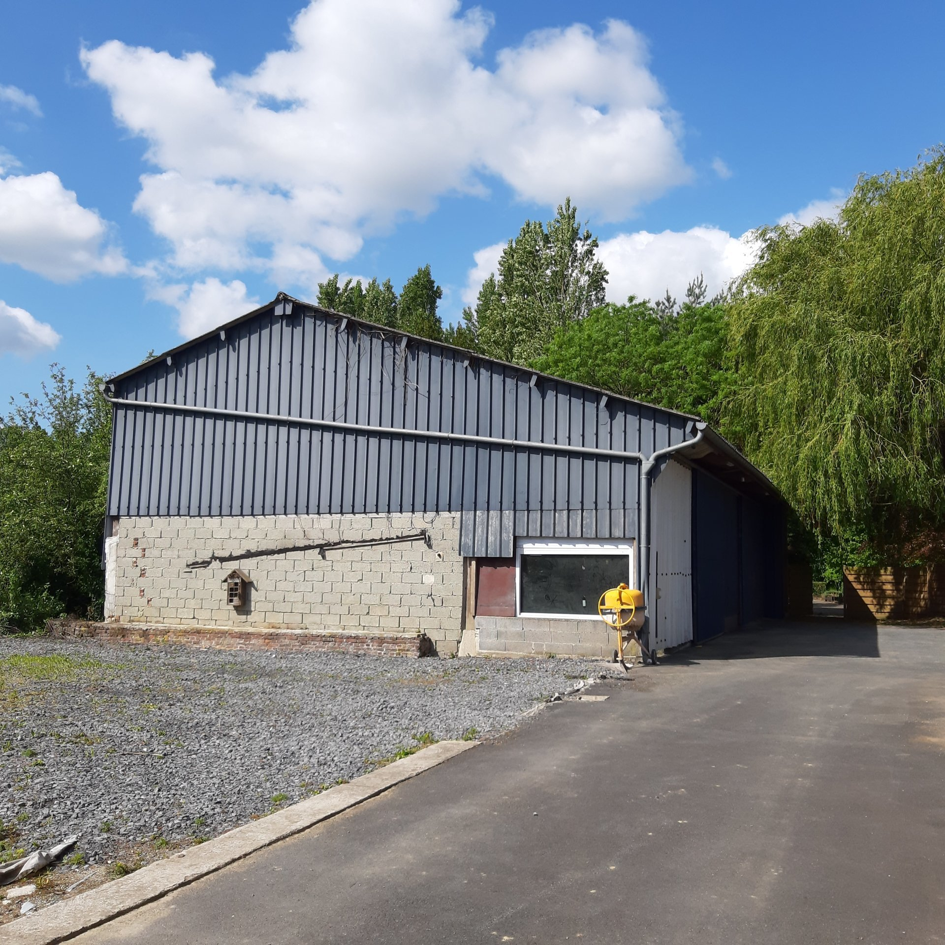 Campagne d'Orchies : Hangar