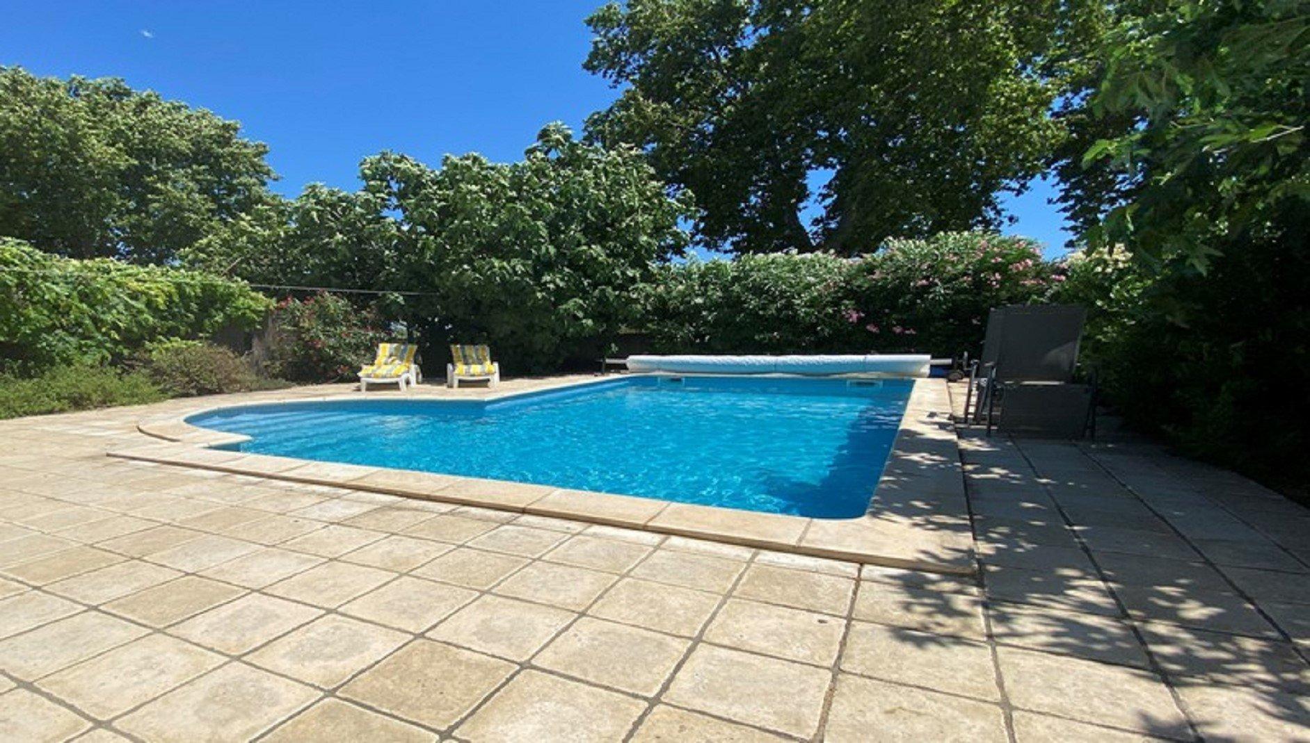 Villa  contemporary with pool