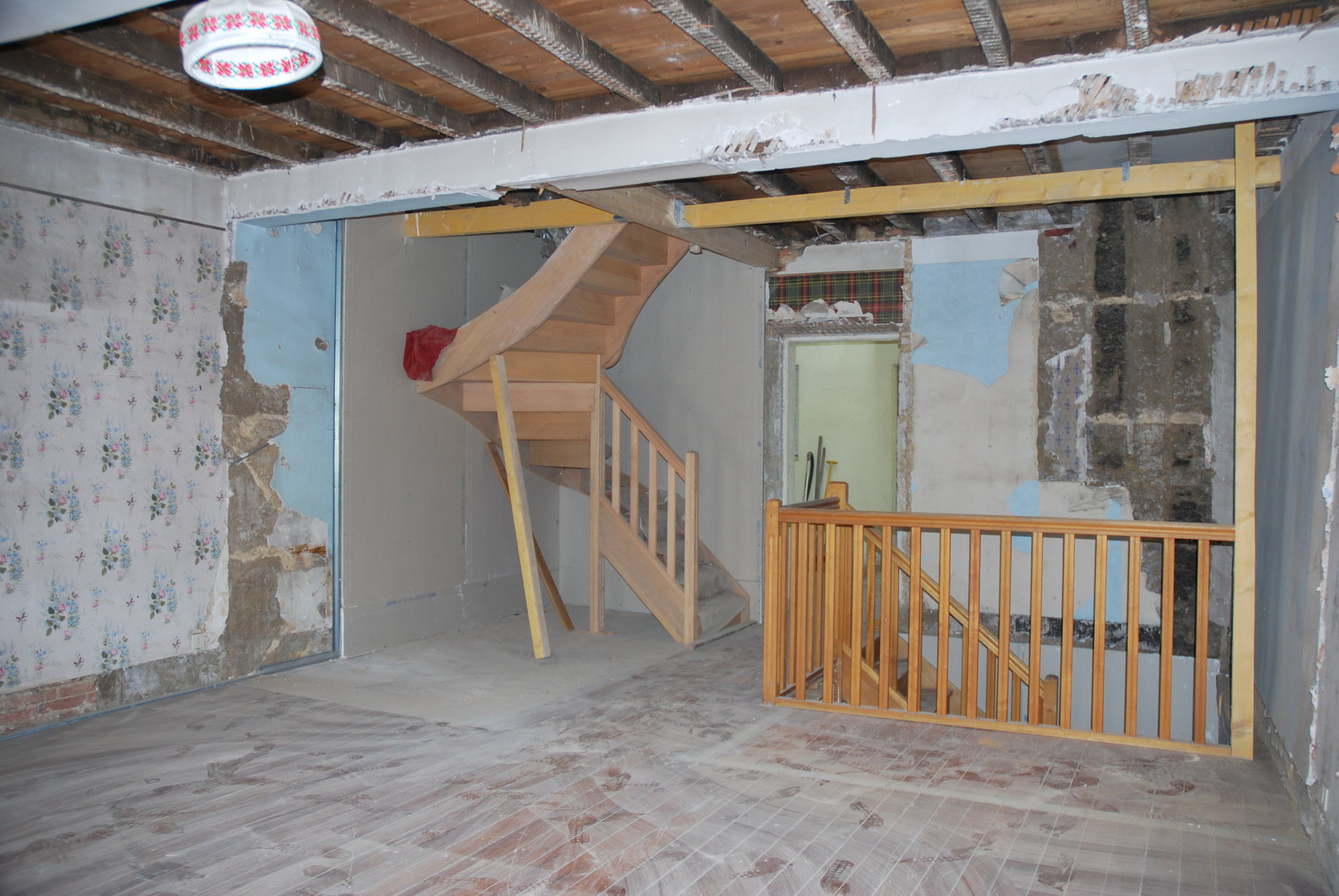 Villars les Dombes, maison de village à rénover