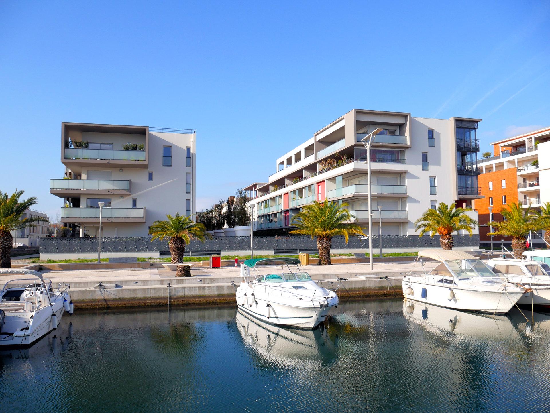 Superbe F3 avec garage, port Fréjus II