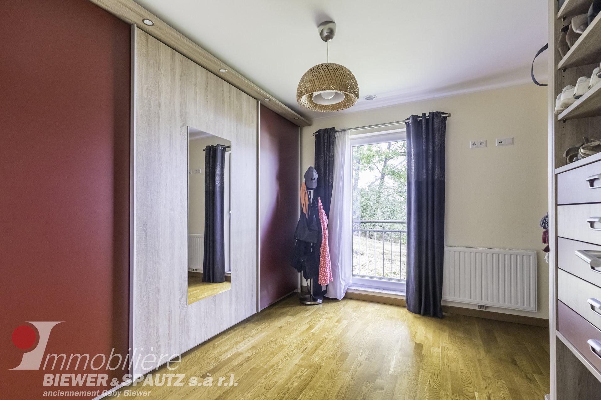 ZU VERMIETEN - Wohnung mit 3 Schlafzimmern in Cruchten