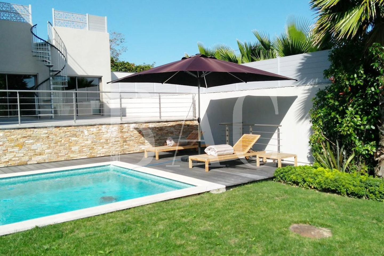 Villa contemporaine à 7 minutes de la plage et 15 minutes du Palais Des Festivals