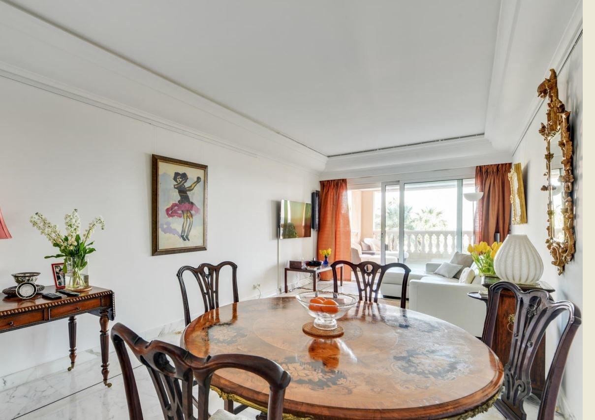 Terrasses du Port - Helle Drei Zimmer Wohnung