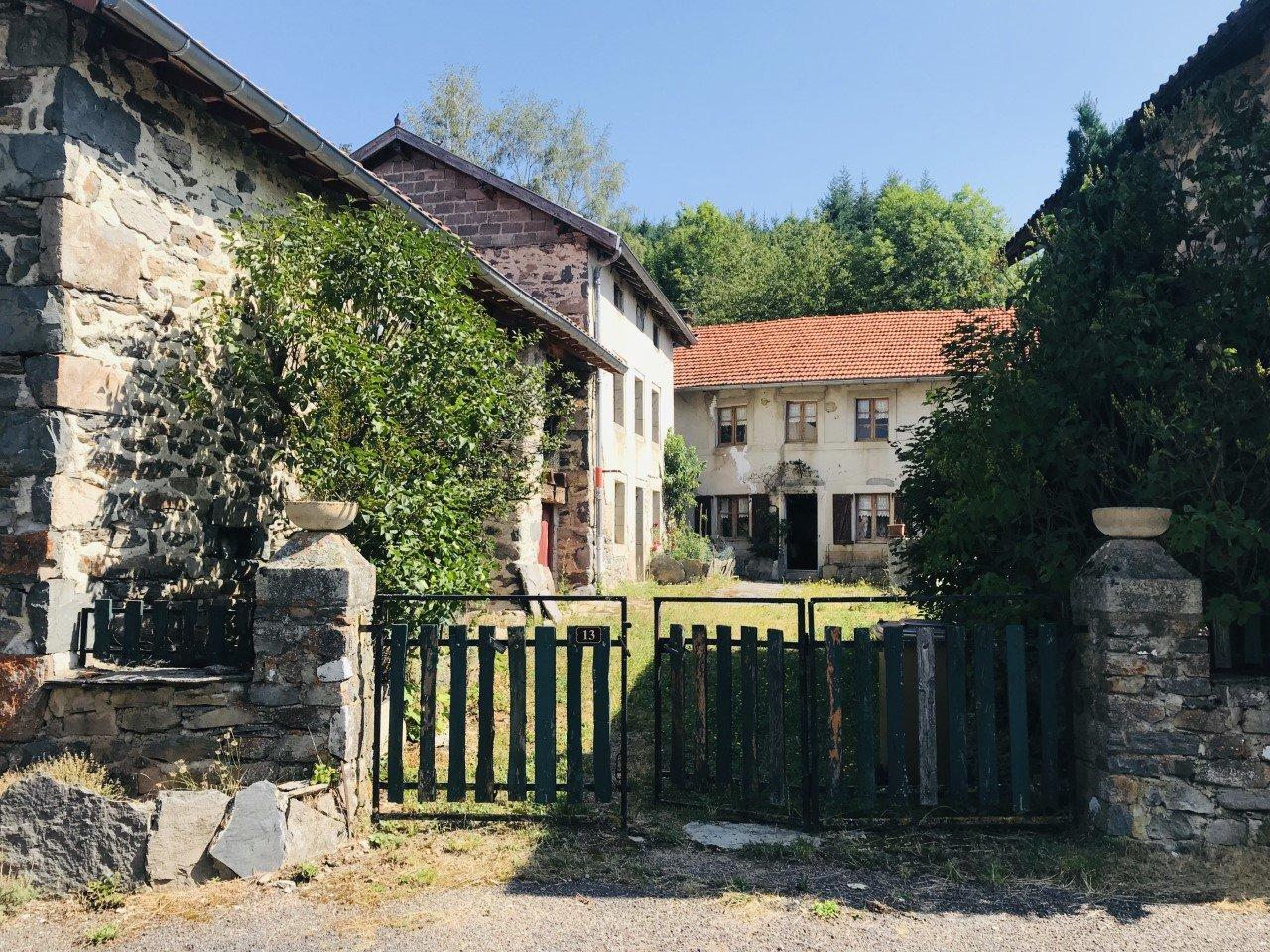 Sale Farm - Rosières