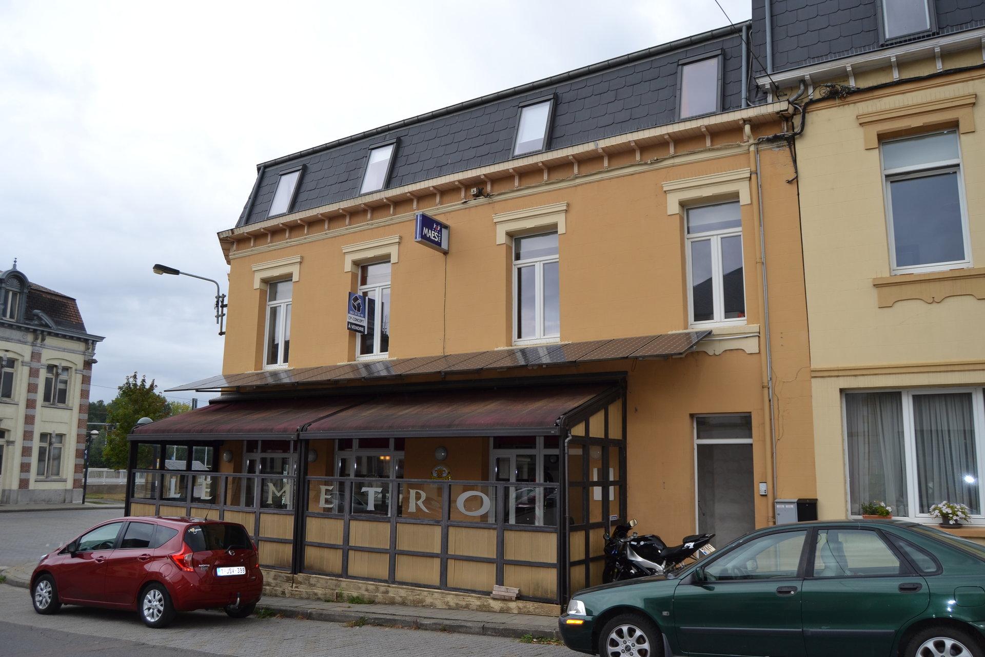 +++VENDU+++Immeuble mixte avec un local commercial et deux appartements