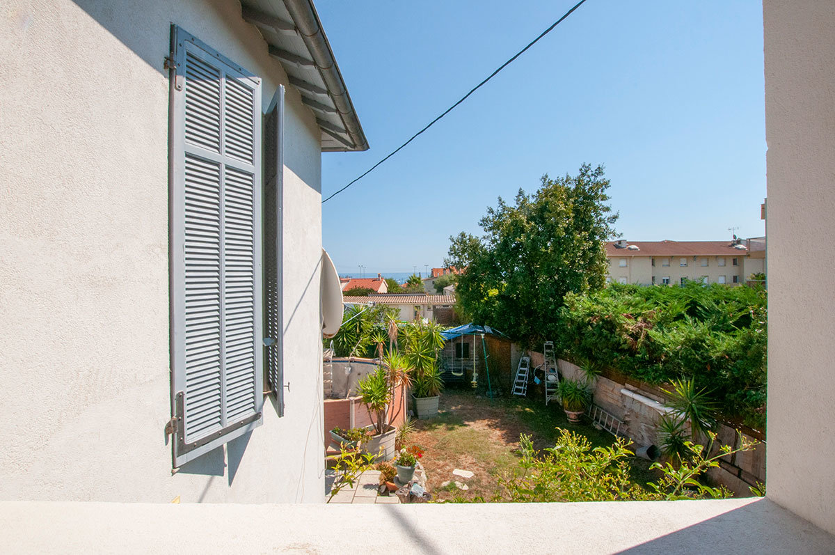 A vendre Antibes - Maison de 2 appartements