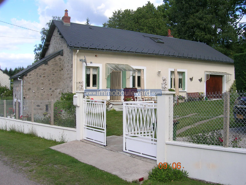 Individual House for sale near Fachin in Burgundy, Morvan