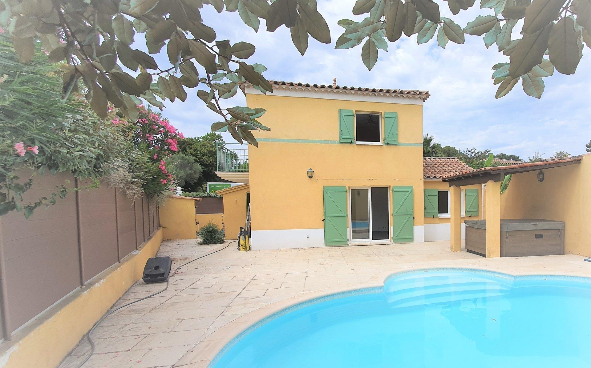 Villa 3 chambres 78 m² piscine