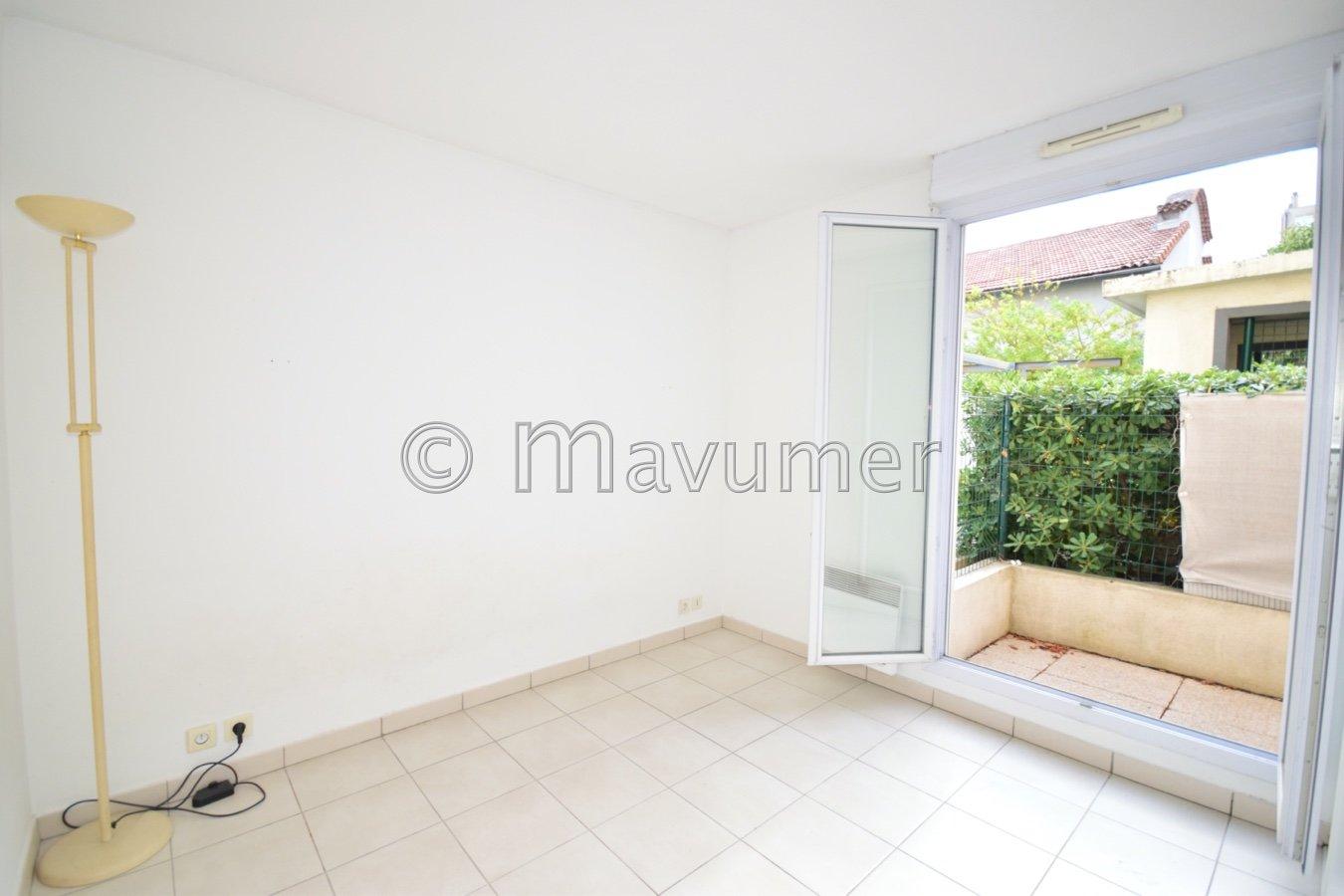Appartement T3 Terrasse & parking 13010 Marseille - La Capelette
