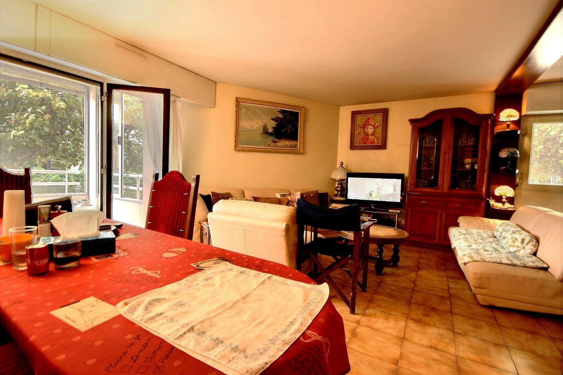 Cannes Palm Beach  Mourre Rouge 3 pièces au sud avec terrasse