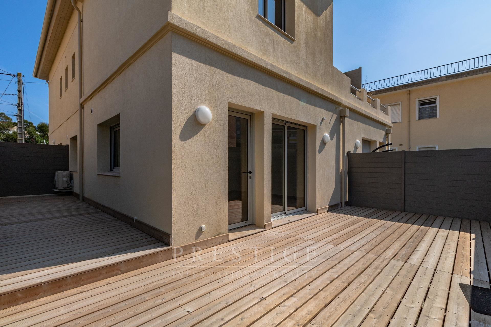 1-bedroom apartment in Juan-les-Pins with terrace & parking