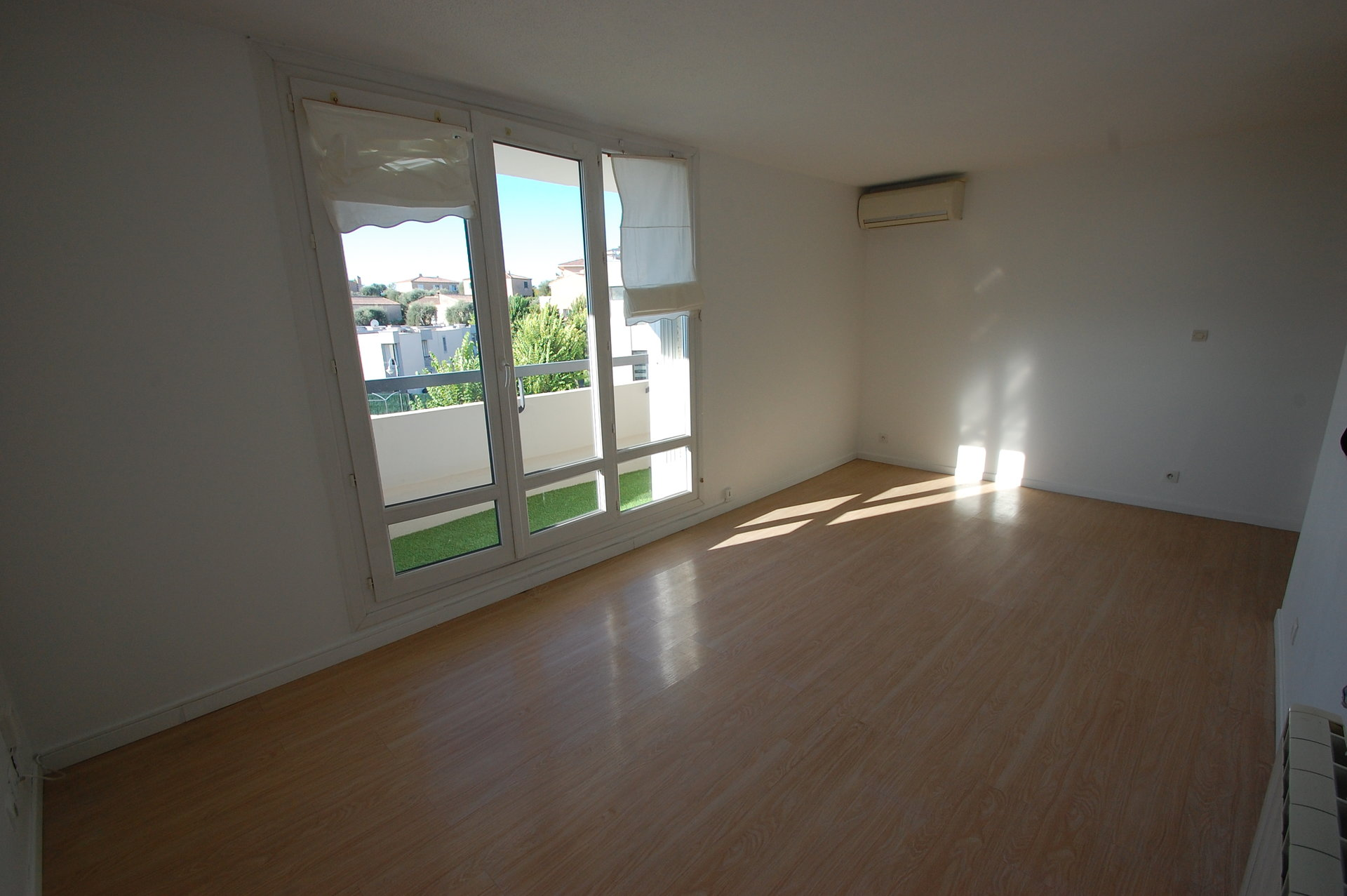 Rental Apartment - Nice Fabron