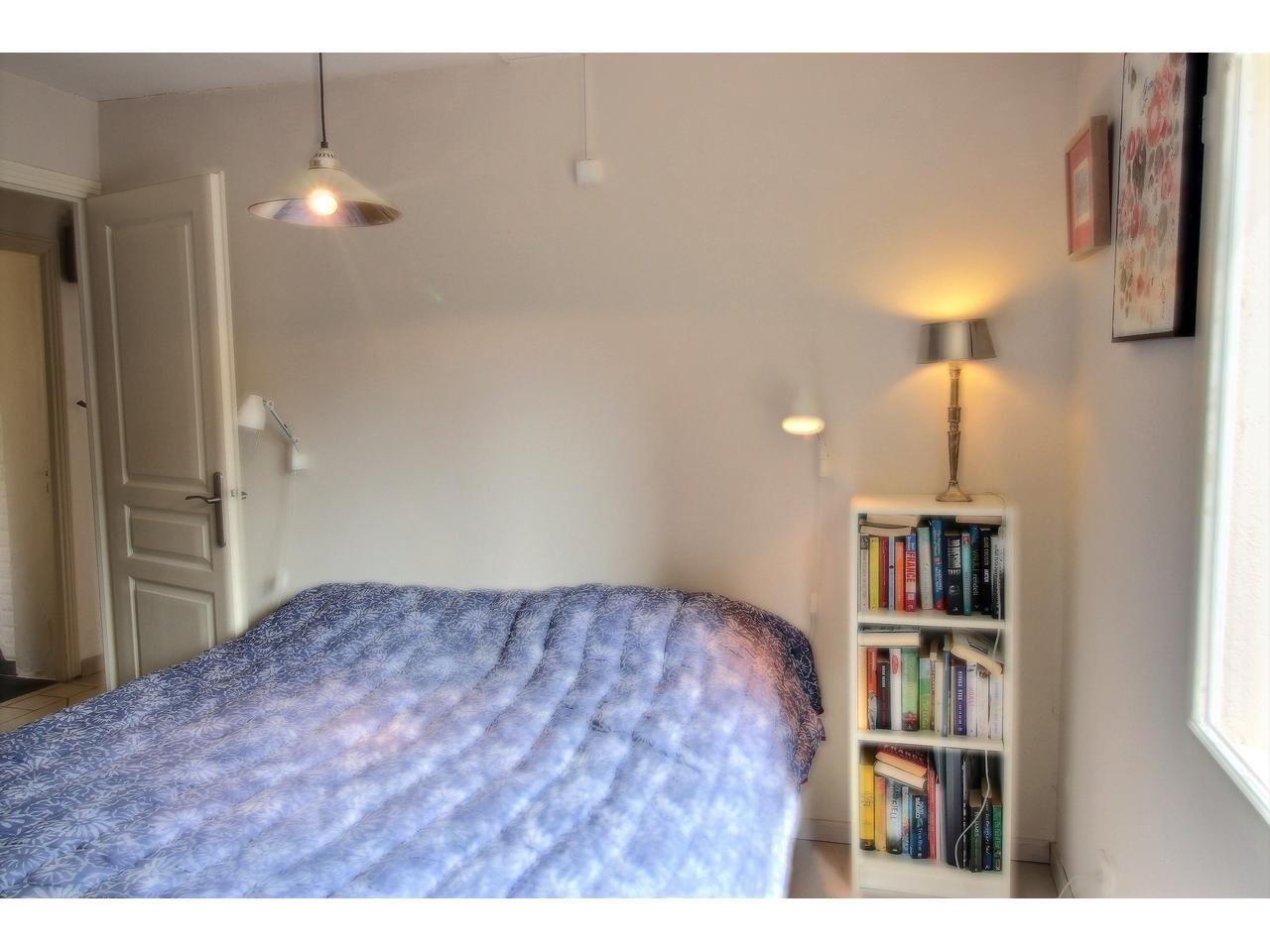 Maison  4 Rooms 96m2  for sale   650000 €