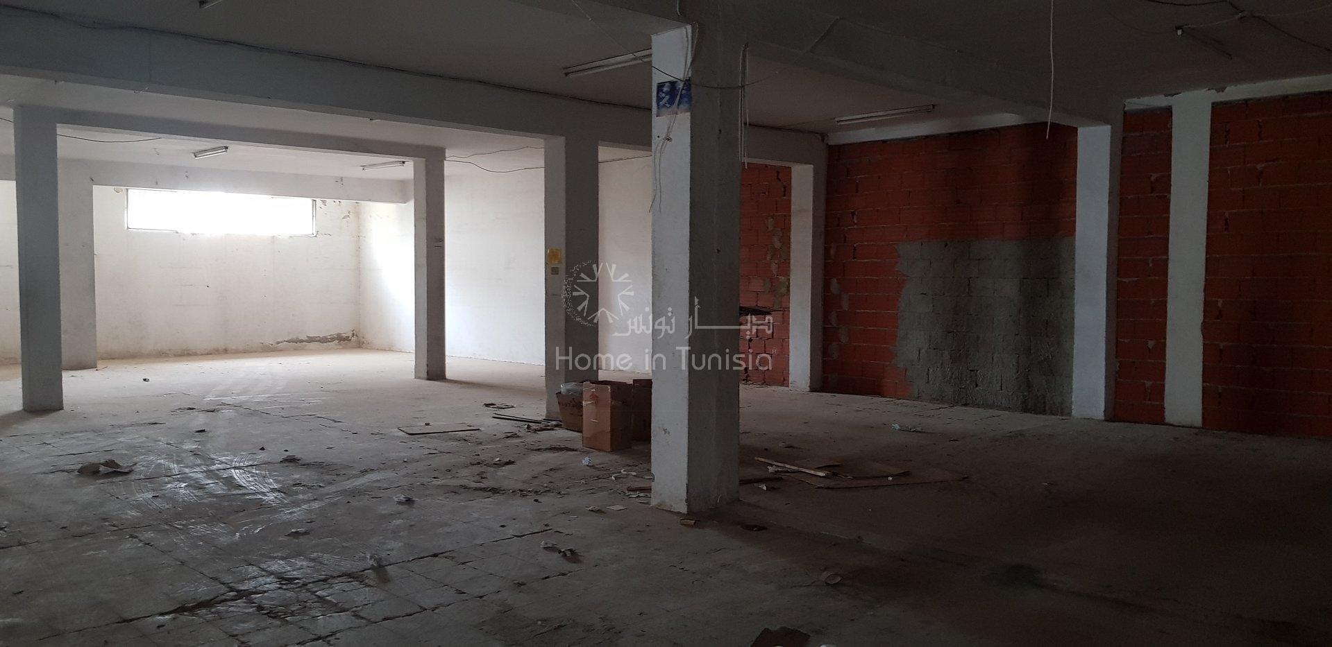 Sale Building - Cité Ennkhilet - Tunisia