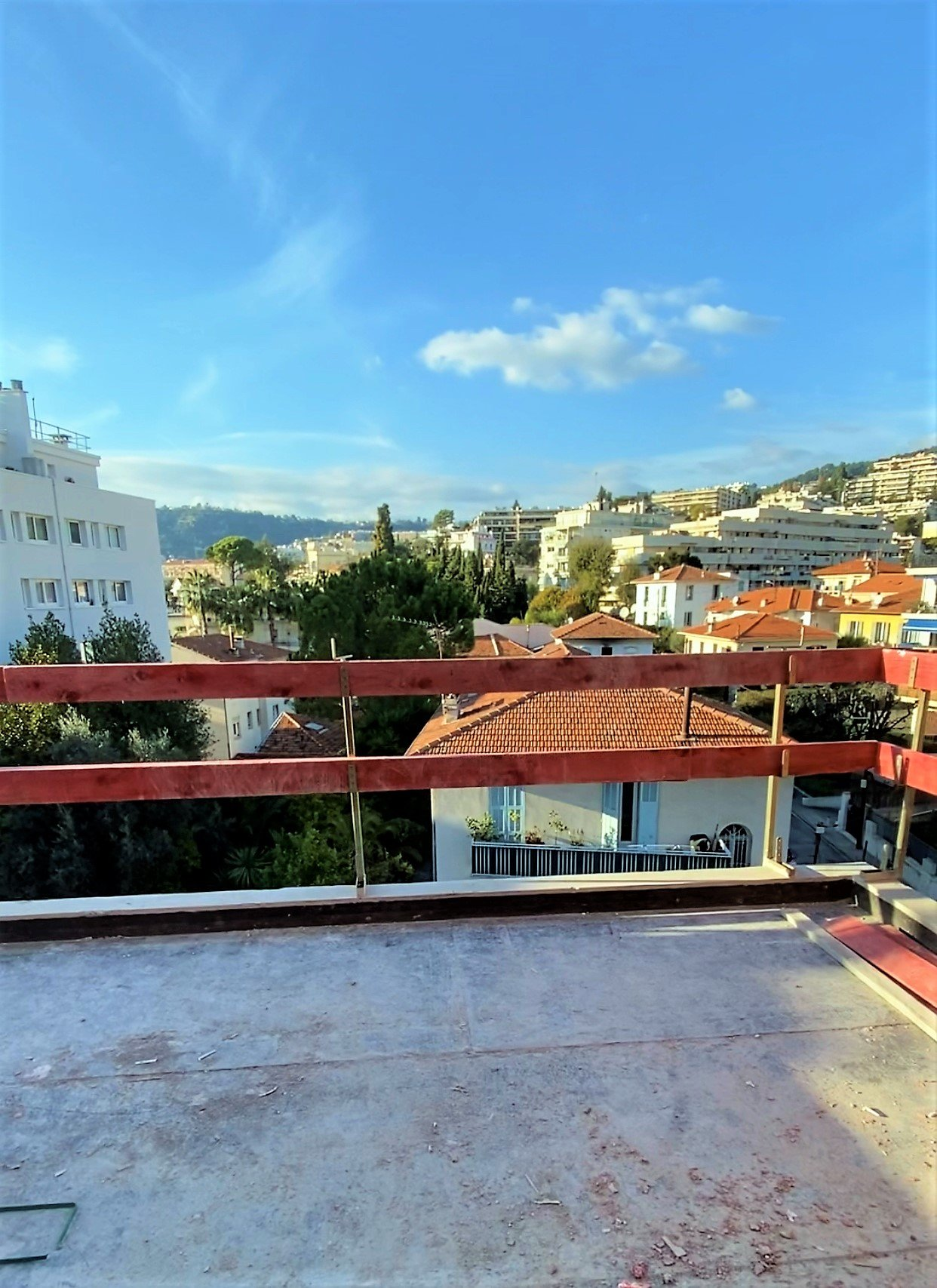 CHAMBRUN DUPLEX 4P 90m² + terrasse 41m²
