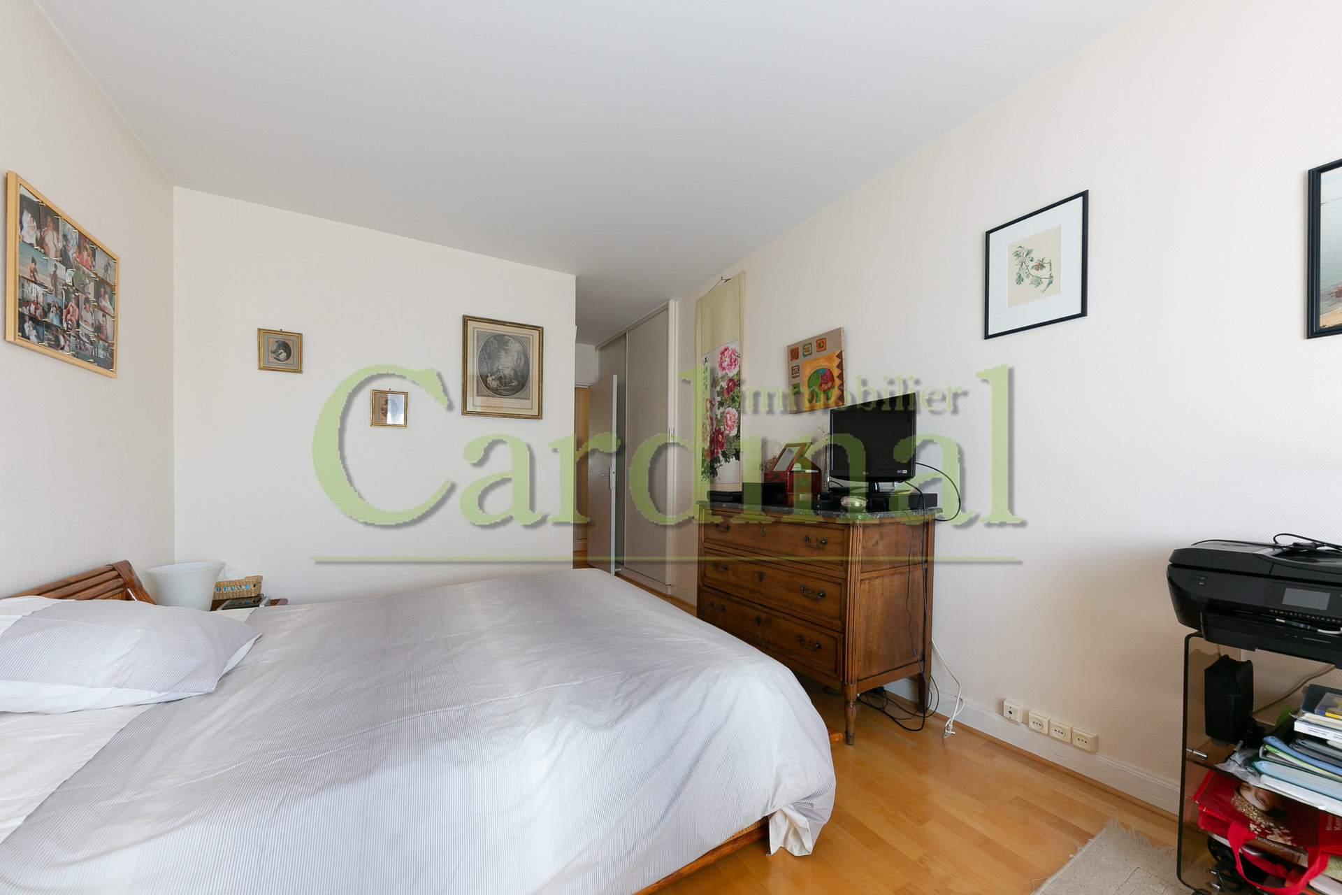 Sale Apartment - Bailly