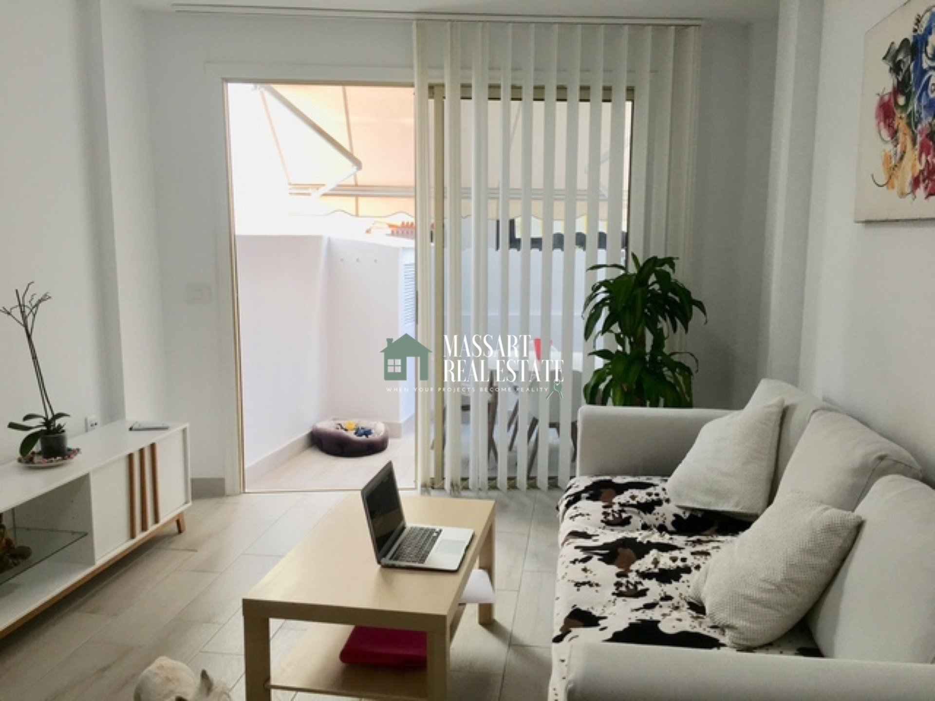 Cozy 65 m2 apartment recently renovated and fully furnished in the center of Adeje.